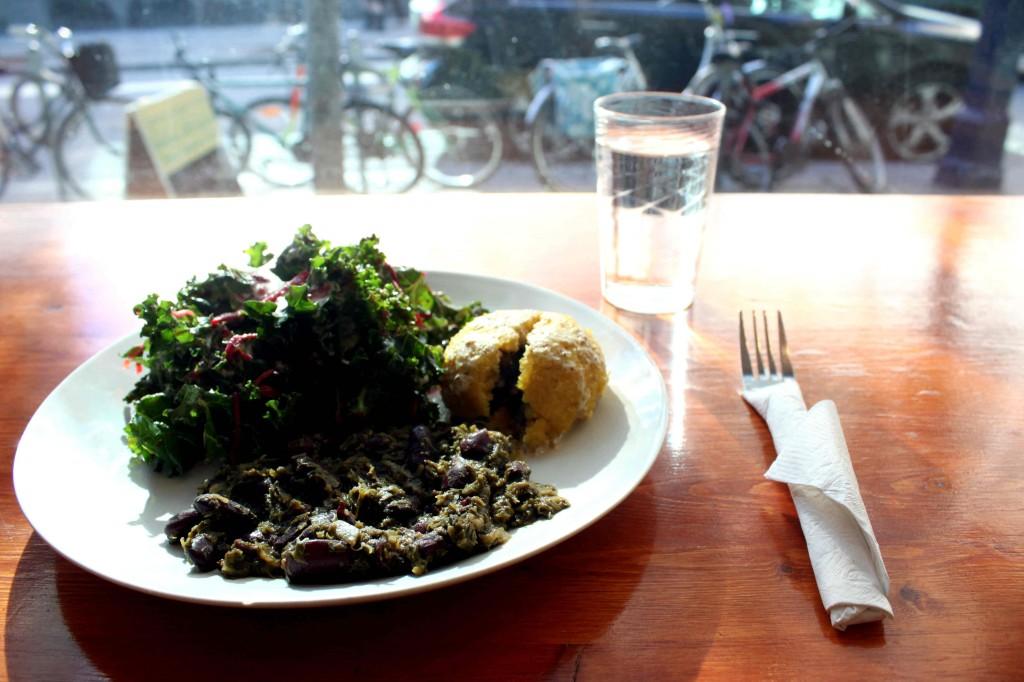 Camros Organic Eatery Restaurant Review