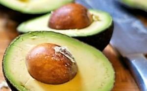 Avocado's contain 2mg of carnitine per 1 medium avocado