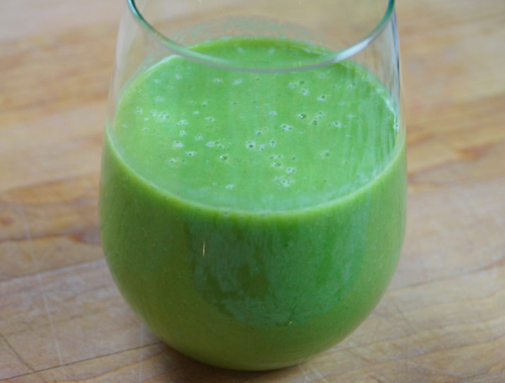 Video: Tropical Green Smoothie